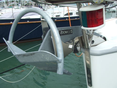 Bavaria-38-Cruiser front-port.jpg
